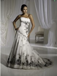 Black and white wedding dress?? Yes Please!