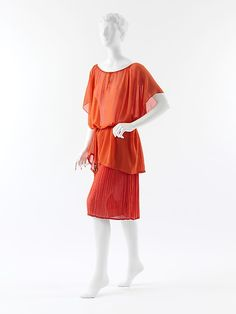 Paul Poiret red and orange silk evening ensemble: silk blouse with pleated silk skirt, c. 1920