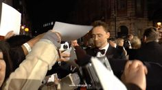 EE BAFTA 2015 - Tom Hiddleston - Red Carpet Arrival<<the poor man is so calm in the face of so many fans