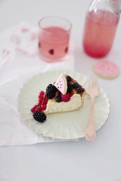 Fräulein Klein : (fast) alles Melone • Melonen-Sherbet-Sandwiches • white chocolate cheesecake • Melonade