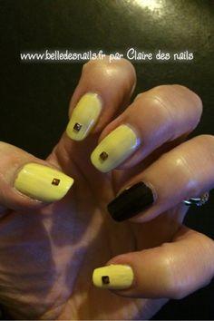 #nailart tournesol #nail #nails #manicure #yellow #jaune #marron #brown #strass #kiko #peggysage - Belle des nails by Claire des nails