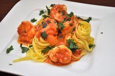 Fetticcini z krewetkami w ostrym sosie pomidorowym Ethnic Recipes, Food, Essen, Meals, Yemek, Eten