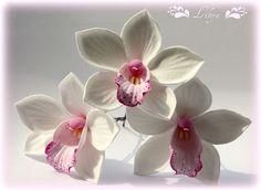 Alfileres hechos a mano.  Masters Feria - hecho a mano.  Comprar orquídeas para adornar el cabello.  Hecho a mano.  Orquídea, horquillas