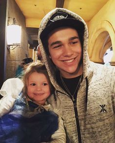 He said he likes kids and wanted some of his own. He had better make some babies in the future. They'll grow up to be just as stunningly attractive as Austin.