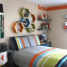 Tween Boy Bedroom Design Ideas, Pictures, Remodel, and Decor - page 20