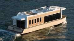 49' Crossover Houseboat: an Evolution in Yachting ^_~ | SundanceYachts.com