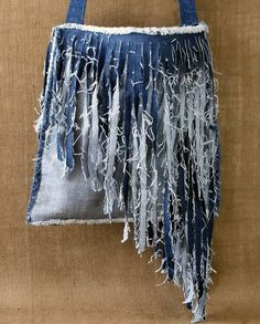 Denim Purse Handmade from Recycled Blue Jean Denim with a Single Strap Cross Body Style and Angled Short to Long Fringe with Frayed Edges Diy Jeans, Jean Crafts, Denim Crafts, Blue Jean Purses, Estilo Jeans, Denim Purse, Fringe Purse, Denim Ideas, Creation Couture
