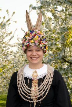Folk Costume of Olland, Lower Saxony and Hamburg, Germany