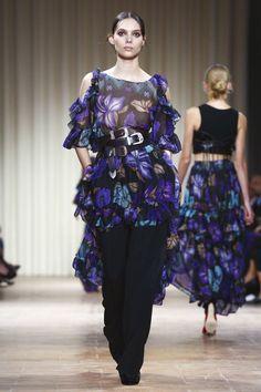 Alberta Ferretti Fashion Show Ready to Wear Collection Spring Summer 2017 in Milan