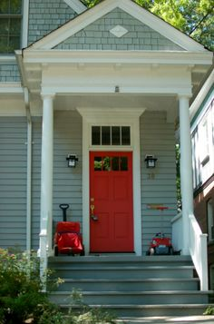 seafoam green house exterior with red craftsman door & transom window Green Exterior Paints, House Paint Exterior, Exterior Paint Colors, Exterior House Colors, Red Door House, House Doors, Facade House, Siding Colors For Houses, Craftsman Door