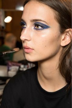 Bold blue eyeshadow at the Atelier Versace Spring 2015 Couture Show