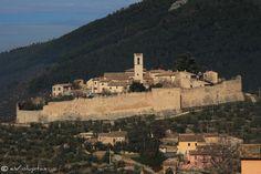 #Campello http://www.evoluptas.com/ispirazioni-medioevali-campello/