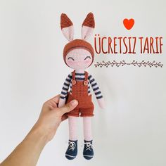 Crochet Animal Amigurumi, Crochet Animal Patterns, Amigurumi Toys, Stuffed Animal Patterns, Crochet Animals, Crochet Doll Clothes, Crochet Dolls, Crochet Doll Tutorial, Cute Crochet