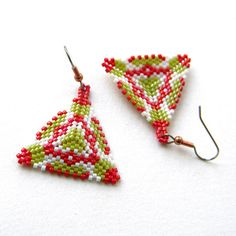 Seed bead earrings - Triangle Peyote Earrings, ethnic style - beadwork jewelry