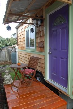 lilypad-tiny-house-on-wheels.  Most awesome tiny house ever! I could live here.
