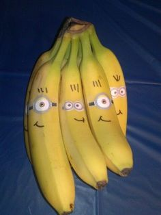 wonderful minion bananas crafts for Halloween decorations - diy, party food #2014 #Halloween #Minion