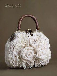 Beaded Purses, Crochet Purses, Vintage Purses, Vintage Bags, Diy Sac, Felt Purse, Flower Bag, Frame Bag, Knitted Bags