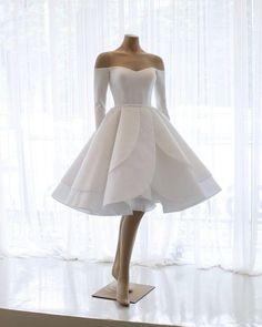 Wedding Dress Empire, Wedding Dress Tea Length, Mini Wedding Dresses, Short Wedding Gowns, Short Prom, Gown Wedding, Modest Wedding, Wedding Dress For Short Women, Wedding Dress Patterns
