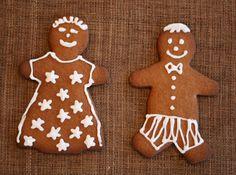Estonian Piparkoogid (Gingerbread cookies)  http://nami-nami.blogspot.ca/2007/12/estonian-christmas-recipes-piparkoogid.html