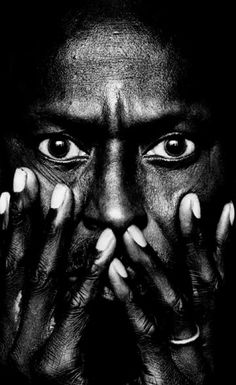 CA The first canadian webzine dedicated to global design Co Berlin, Irving Penn, Hobby Photography, Miles Davis, For Your Eyes Only, Global Design, Ansel Adams, Black And White Portraits, Play Trumpet