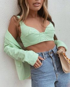 I Live in L.A. and Bet These 7 Spring Trends Will Be the Most Popular