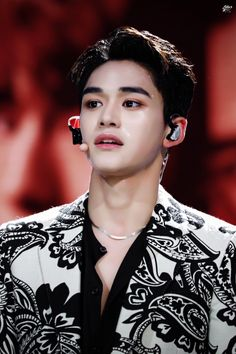 Just smutty yukhei from NCT things Stories aren't mine credit to owners Taeyong, Jaehyun, Winwin, K Pop, Lucas Nct, Latest Albums, Korean Celebrities, Pop Group, Nct 127