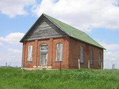 Ohio - The schoolhouse on Selsor Moon Road in Madison County is said to be haunted by the ghosts of children killed in an Indian raid. My now ex-girlfriend told me about this one. She said her grandmother has seen balls of light floating around the abandoned building late at night.