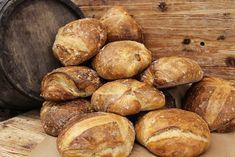 Südtiroler Bauernbrot - HomeBaking - posted by www. Baking Business, Dessert, Inspiration, Recipes, Baking Buns, Kuchen, Peasant Bread, Food And Drinks, Food Food