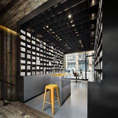 MenScience Flagship store / HWKN | AA13 – blog – Inspiration – Design – Architecture – Photographie – Art