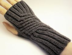 Knitting Patterns Ravelry Swirling Gauntlets free knitting pattern for fingerless mitts and more… Fingerless Gloves Knitted, Crochet Gloves, Knit Or Crochet, Knitted Hats, Loom Knitting, Knitting Socks, Knitting Patterns Free, Hand Knitting, Mittens