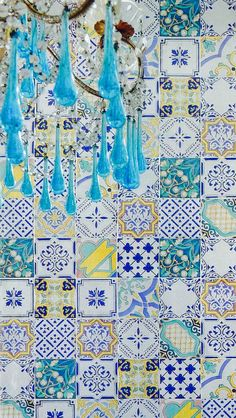 majolica tile walls, tile dinner tables..love this for one of our amalfi coast rehearsal dinners