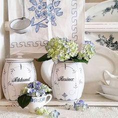 shabbychichomes1@gmail.com @shabby_chichomes @vabofamily #inte...Instagram photo | Websta (Webstagram) Shabby Chic, Vintage Country, Country Farmhouse, Romantic, Vase, Flowers, Cottage, Instagram, Home Decor