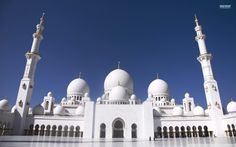 Sheikh Zayed Grand Mosque, Abu Dhabi, United Arab Emirates HD Wide Wallpaper for Widescreen Abu Dhabi, Mecca Mosque, Grand Mosque, Taj Mahal, Machu Picchu, Angkor, Beautiful Facebook Cover Photos, Beautiful Mosques, Beautiful Places