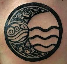 Water tribe Avatar tattoo, but this is pretty legit. And the boomerangs! Hawaiianisches Tattoo, Symbol Tattoos, Dark Tattoo, Body Art Tattoos, Avatar Tattoo, Element Tattoo, Pretty Tattoos, Beautiful Tattoos, Cool Tattoos
