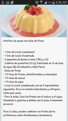 Gelatina de queso con fresa Gelatin Recipes, Jello Recipes, Cheesecake Recipes, Dessert Recipes, Jello Desserts, Just Desserts, Delicious Desserts, Yummy Food, Mexican Snacks