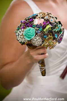 Brooch Bouquet - this is amazing!
