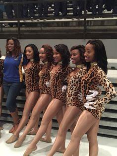 Dancing Dolls Bring It, Dancing Baby, Dance Team Uniforms, Black Cheerleaders, Black Dancers, Professional Cheerleaders, Cheerleading Outfits, Dance Company, Sporty Girls
