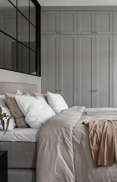 Trendy Bedroom Wardrobe Grey Home Ideas Gray Bedroom, Trendy Bedroom, Home Bedroom, Master Bedroom, Bedroom Decor, Bedroom Ideas, Design Bedroom, Bedroom Wall, Bedroom Lamps