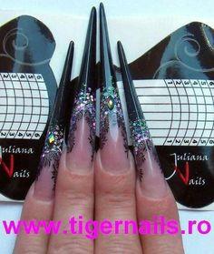 Schwarzer Stiletto Stiletto russian mandel and edge nails - Autumn nails - Black Stiletto Nails, Sexy Nails, Black Stilettos, Beautiful Nail Art, Gorgeous Nails, Pretty Nails, Beautiful Beautiful, Edge Nails, Luxury Nails
