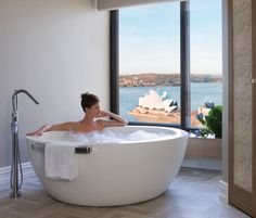 With the Sydney Opera House as its backdrop, Apaiser's 'Lunar' Bath takes centre stage in the Bathroom of the Four Season's Deluxe Royal Suite