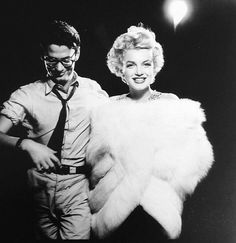 Sam Shaw captured this photo of Marilyn Monroe and photographer...