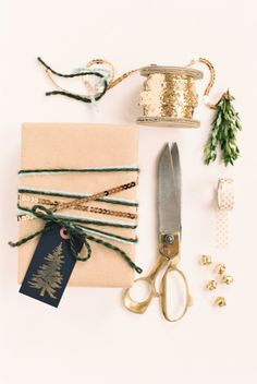 Get ready for the holidays with these easy ways to save during the holidays: http://www.stylemepretty.com/living/2016/11/11/easy-ways-to-save-budget-for-holiday-shopping/ Photography: Ruth Eileen - http://rutheileenphotography.com/