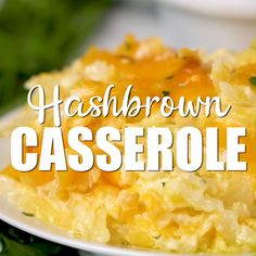 Copycat Cracker Barrel Hashbrown Casserole This Copycat Hash Brown Casserole is a perfect breakfast idea and tastes just like the Cracker Barrel version! There are easy make-ahead steps and you can freeze leftovers! Crockpot Hashbrown Casserole, Cracker Barrel Hashbrown Casserole, Cheesy Potato Casserole, Hashbrown Breakfast Casserole, Potatoe Casserole Recipes, Cracker Barrell Hash Brown Casserole Recipe, Cracker Barrel Cheesy Potatoes, Crockpot Cheesy Hashbrowns, Easy Cheesy Potatoes