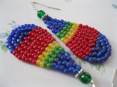 Items similar to Seed Bead Teardrop Dangle Earrings - Blue, Red, Yellow and Green - small on Etsy Seed Bead Earrings, Seed Beads, Dangle Earrings, Pony Bead Patterns, Beading Patterns, Beaded Jewelry, Beaded Bracelets, Pony Beads, Brick Stitch