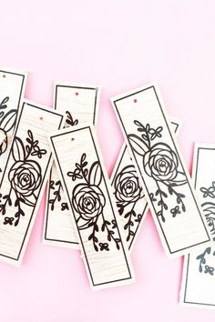 DIY Floral Wood Tags on Maritza Lisa - These floral tags were made with balsa wood, a floral image and Silhouette America's printable temporary tattoo paper. Click through to make your own! Crafts To Do, Paper Crafts, Temporary Tattoo Paper, Boxes And Bows, Paper Bookmarks, Wood Tags, Vinyl Cutting, Laser Cutting, Color Crafts