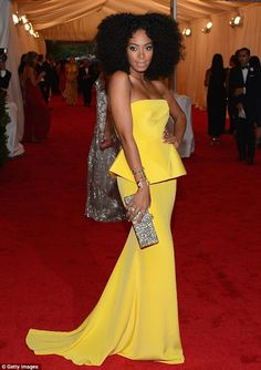 Personally my favorite was Bey's sister Solange Knowles structured canary yellow strapless Rachel Roy ensemble. Loved the hair. She looked absolutely stunning!