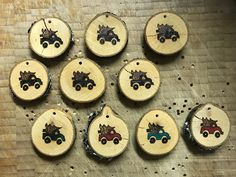 Wood slice ornaments I wood burned