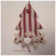 Albero decorato in cotone a righe bordò, by fattoamanodaTati, 24,00 € su misshobby.com