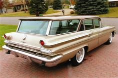 "1960 Catalina 4-dr Wagon: this nine-passenger survivor - in what looks like Shoreline Gold Poly (metallic) - last came up for air at an AZ auction almost 7 years ago. One of 14,149 three-seat cars built that model year, this Pontiac, MI-built example carried the new-for '60, 283hp 389ci 2-bbl (& 10:1 CR!) ""Tempest"" V8, w/Super Hydra-magic auto trans ($231.34 on MSRP of $3207), factory AC ($430 option), and AM radio. $25.3k USD took her to her new home, back then."