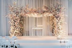 WedLuxe – Talia + Daniel | Photography by: Mango Studios Follow @WedLuxe for more wedding inspiration!